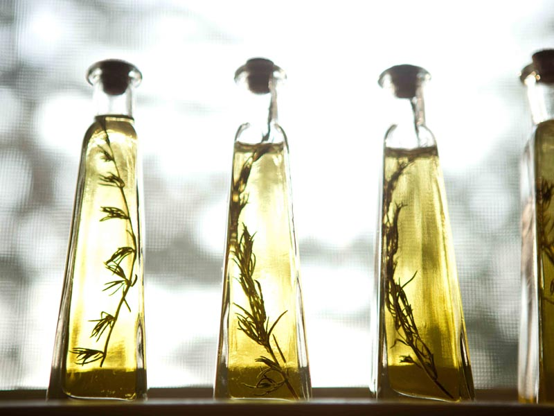 7-19-rosemary-infused-olive-oil-bottles